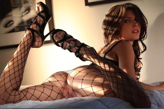 девушки в боди порно фото