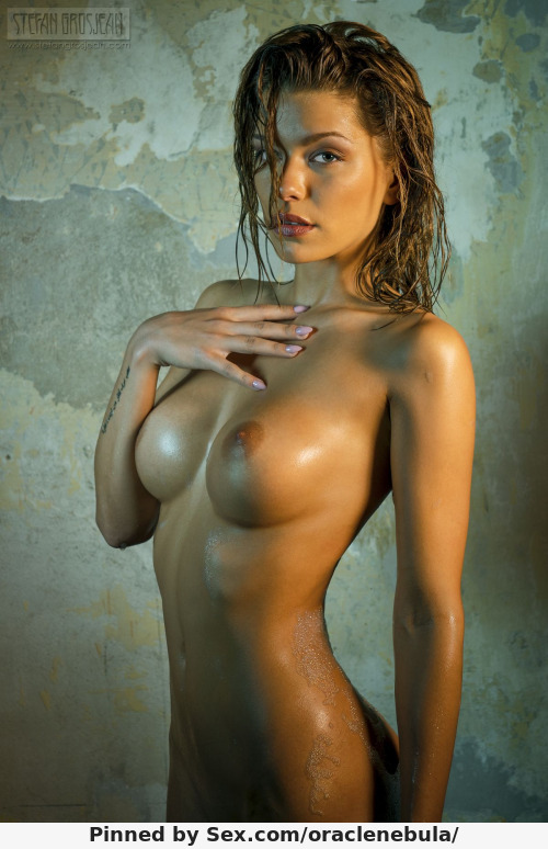 Фото красивых голых девушек в полный рост