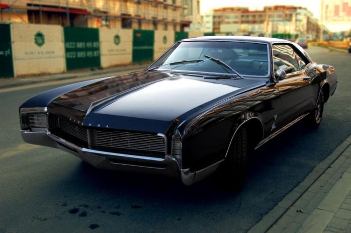 Buick Riviera 67