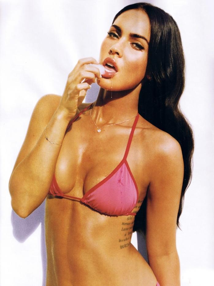 Megan Fox w bikini je loda