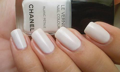 white chanel.