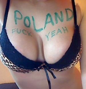 Polska promuje się jak może na stronach zagranicznych :D