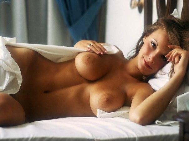 качественные фотографии голых девушек